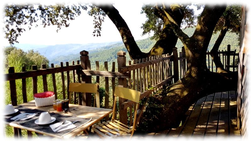 oustaou-cabane-petitdejeune-terrasse-cevennes